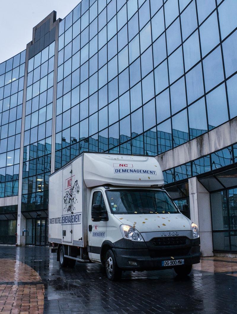 Camion entreprise de déménagement Lille - NC-déménagement